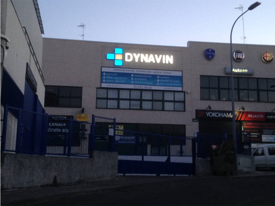 dynavin-espana-local2